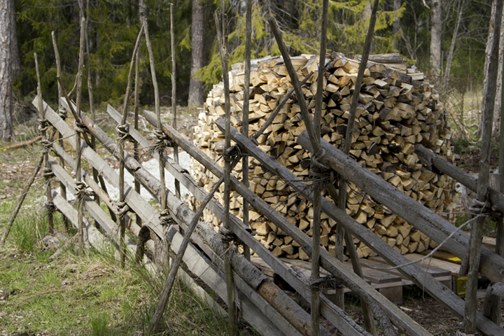 Kindling with standtun fence