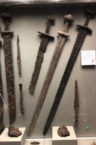 Norwegian swordsand spears